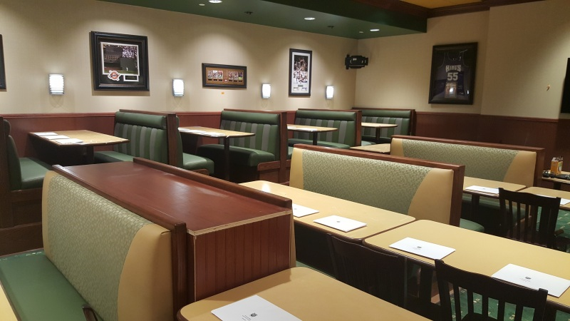 Custom-Commercial-Furniture-for-Restaurants-and-Hotels-by-GN-Upholstery-Los-Angeles-017